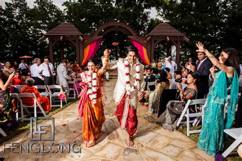 Choosing Your Atlanta Indian Wedding Photographer