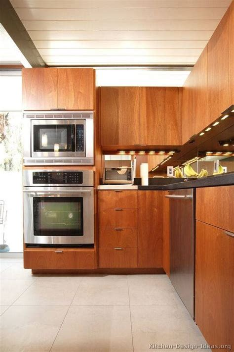 kitchen cabinet pictures images 98 best two tone kitchens images on pictures 5655
