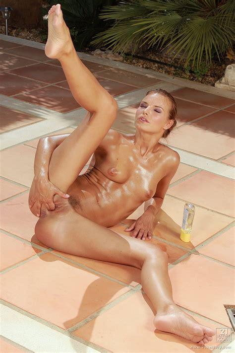 Tall Skinny Chick Suzie Carina Models Pink Bikini And Her