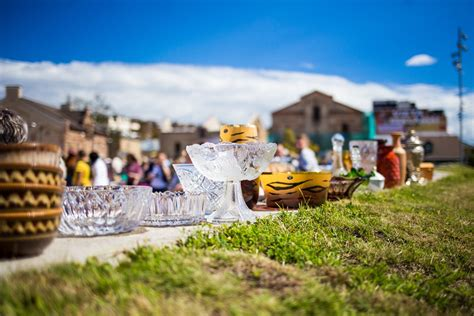 FOTO: Retro gadatirgus / Riga Flea Market festivāls ...