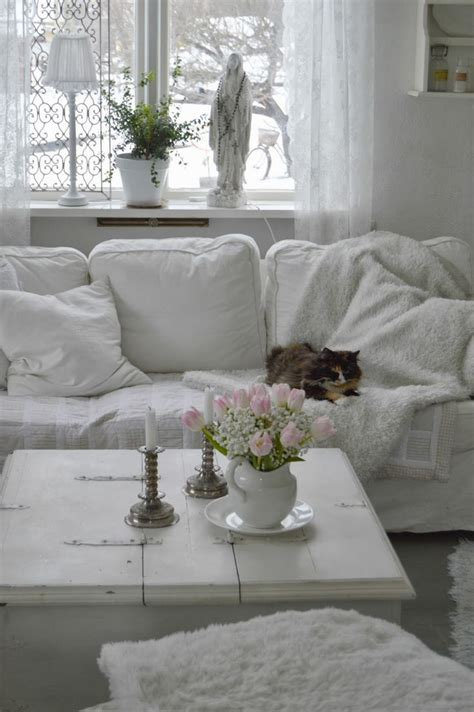 white shabby chic sofa 17 best images about white sofas on pinterest shabby chic shabby and living rooms