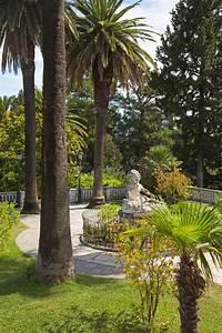 Garden Of Villa Vraila - Achilleion - On Corfu Islands ...