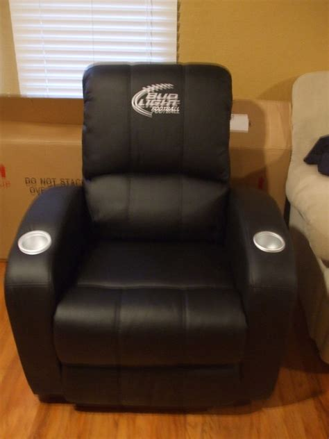 bud light nfl recliner chair  cup holders brand