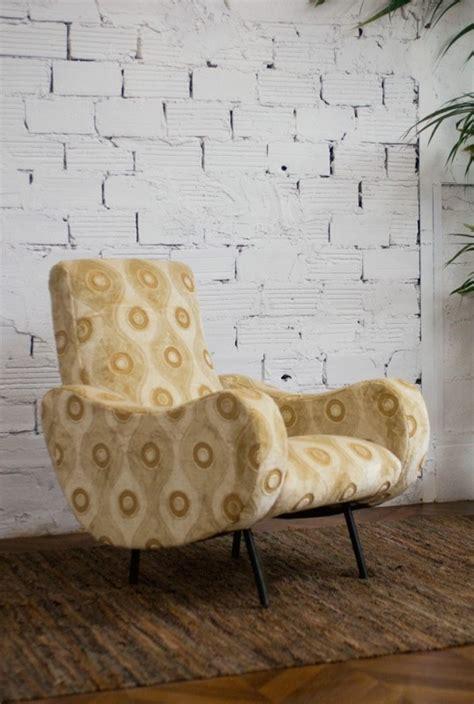 fauteuil vintage 233 es 50 meubles 1950 fauteuil des 233 es 50 mobilier 50 style r 233 tro velours