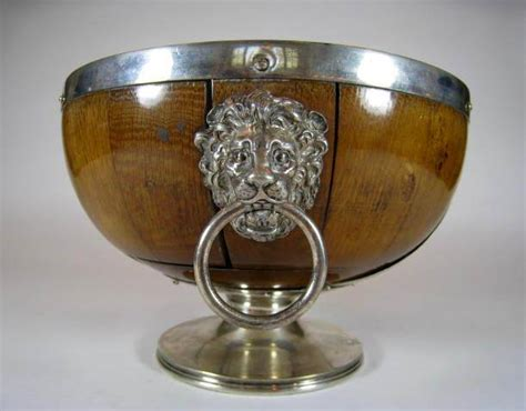 antique english pedestal salad bowl  lion head handles