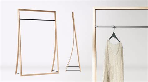 Kleiderständer Holz Design by Designer Kleiderstander Buchenholz Edgetags Info