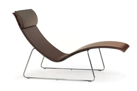 chaise longue relax relax midj chaise longue made of metal and hide cushion