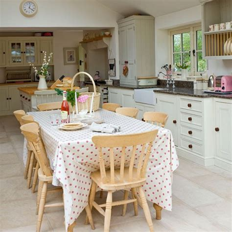Country Kitchens Decorating Idea by Summer Decorating Ideas For Country Kitchens Ideas For