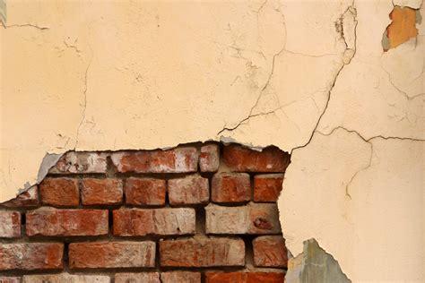 exposed brick veneer how to create a faux exposed brick wall using veneer ehow