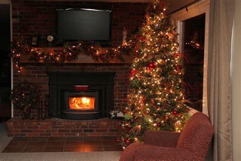 saran wrapped christmas tree   fergusons