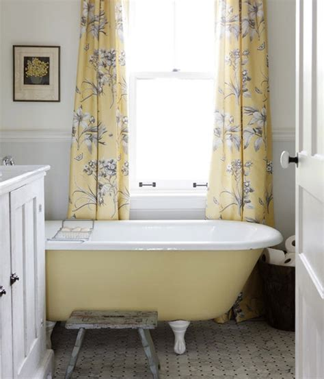 clawfoot tub bathroom ideas yellow clawfoot tub bathroom ideas