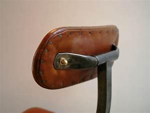 Chaise Industrielle Cuir : chaise industrielle en cuir et m tal jpg chaises tabourets lampes luminaires eclairages ~ Teatrodelosmanantiales.com Idées de Décoration