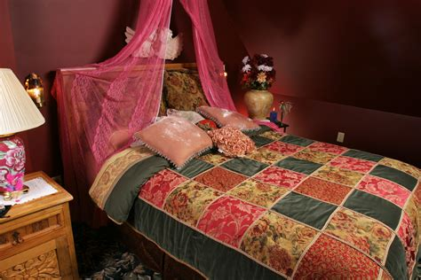 bohemian bedroom a minnesota bed and breakfast the bohemian inspires bedroom makeover for hgtv