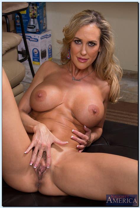 stunning milf brandi love getting naked and spreading her long legs