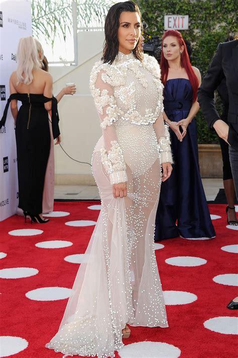 Kim Kardashian Returns To Red Carpet In Full Force