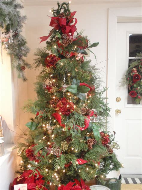 Decorating Ideas For Trees by Tree Decorating Ideas With Simple Ornament Design For