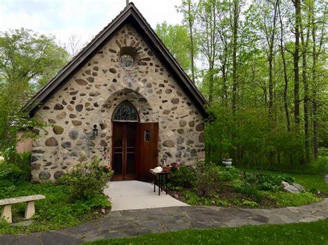 all saints chapel in elkhart lake wisconsin is gorgeous