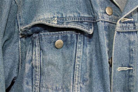 jeansjacke ohne ärmel was kann aus einer alten machen upcyclingprojekt einkaufstasche aus alten alte