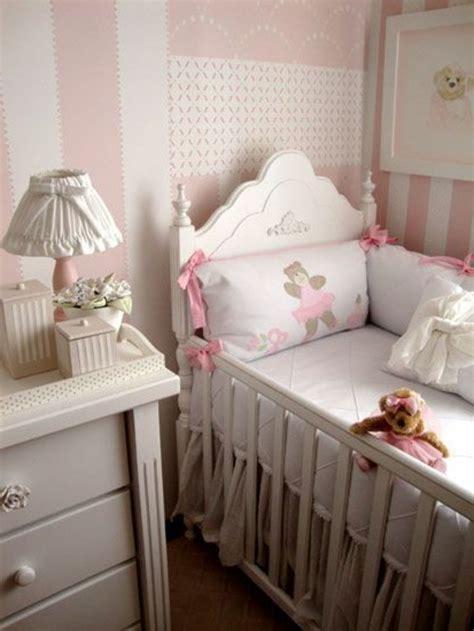 le sur pied chambre bébé où trouver le meilleur tour de lit bébé sur un bon prix