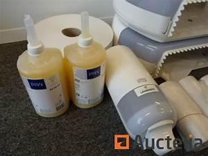 Dévidoir Papier Toilette : d rouleurs papier toilette tork d vidoir savon savon ~ Nature-et-papiers.com Idées de Décoration