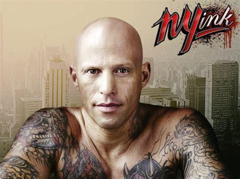 Depois Da Polémica, Tatuador Ami James Apagou Críticas à