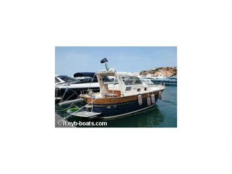 cabinato a motore usato apreamare 10 cabinato in sardegna barche a motore usate