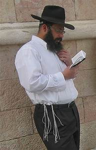 Jewish religious clothing - Wikipedia