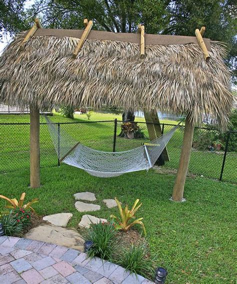Small Tiki Hut by 25 Best Ideas About Tiki Hut On Luau Table