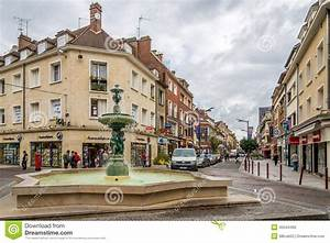 Seat Beauvais : in the streets of beauvais editorial image image of hiking 45044490 ~ Gottalentnigeria.com Avis de Voitures