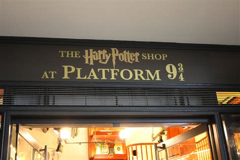 30 pics from the new harry potter platform 9 3 4 shop at 4 chainimage