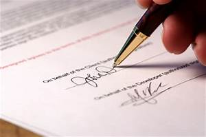 central signing service notary notes With music legal documents