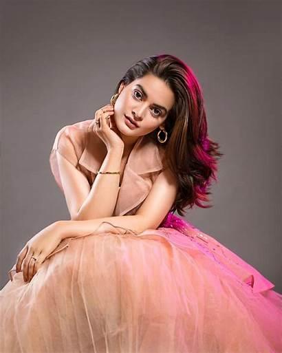 Minal Khan Latest Dresses Western Wearing Clicks