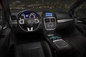 2013 Dodge Grand Caravan Overview - The News Wheel