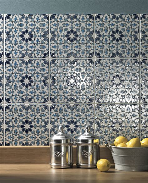 Creative Backsplash Ideas For Kitchens - 6 top tips for choosing the perfect kitchen tiles bt