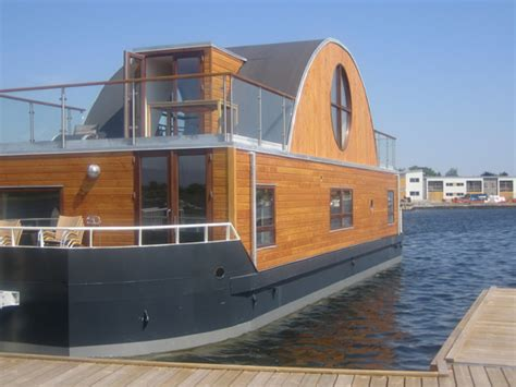 House Boat Vs Boat House by Houseboats By Waterliving 1