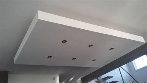 faux plafond avec suspente bricolage de l id 233 e 224 la r 233 alisation plafond descendu caisson suspendu