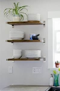 Fantastic DIY Floating Shelves DIYIdeaCenter com