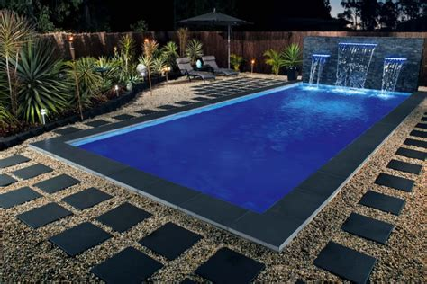 Bluestone Honed Pool Paving Tile.jpg
