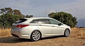 Hyundai I40 Sw : hyundai i40 sw essai hyundai i40 sw 1 7 crdi 141 dct7 2015 youtube file hyundai i40 wikimedia ~ Medecine-chirurgie-esthetiques.com Avis de Voitures