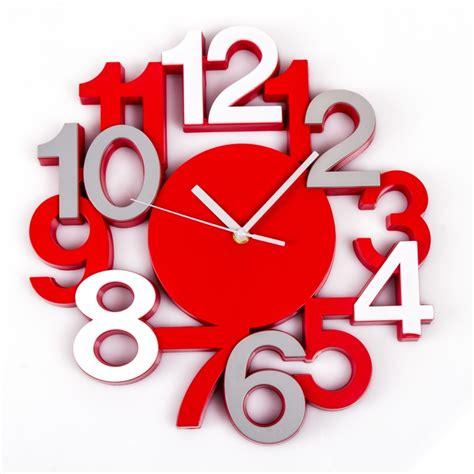 pendule de cuisine originale horloge design cuisine horloge murale en bois contour