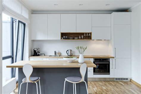 Skandināvu dizaina noskaņās - virtuve, kas izstaro ...