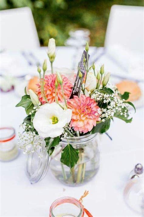 deco fleurie pour mariage simple  champetre centre de
