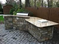 interesting small outdoor kitchen Interesting Small Outdoor Kitchen - Home Design #1003