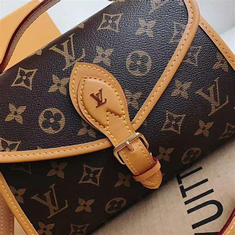 louis vuitton lv women lv ivy bag  monogram coated canvas brown lulux