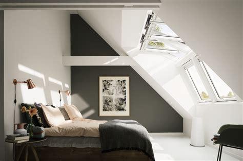 chambre sous toit bien aménager une chambre sous les combles rêve de combles