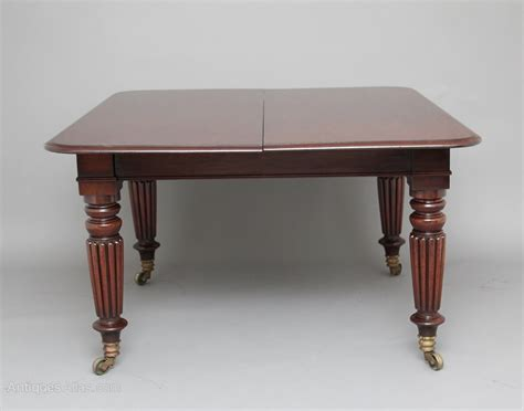 two leaf dining table early 19th century mahogany two leaf dining table