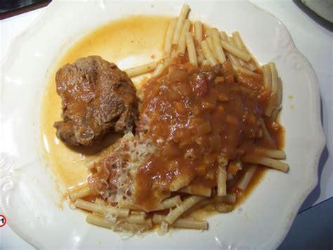 la cuisine pied noir la macaronade au boeuf bonoise