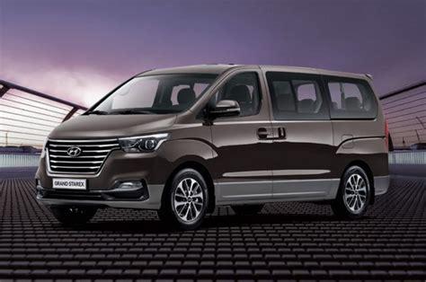 hyundai grand starex  seater minivan facelifted