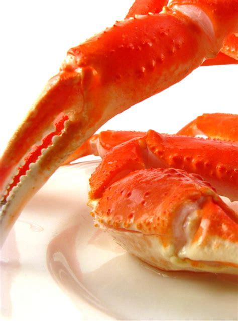 ricardo cuisine francais geneviève everell s crab cakes ricardo