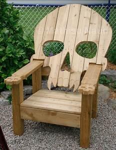 Alderaandack Chair: R2-D2 Adirondack Chair -Craziest Gadgets